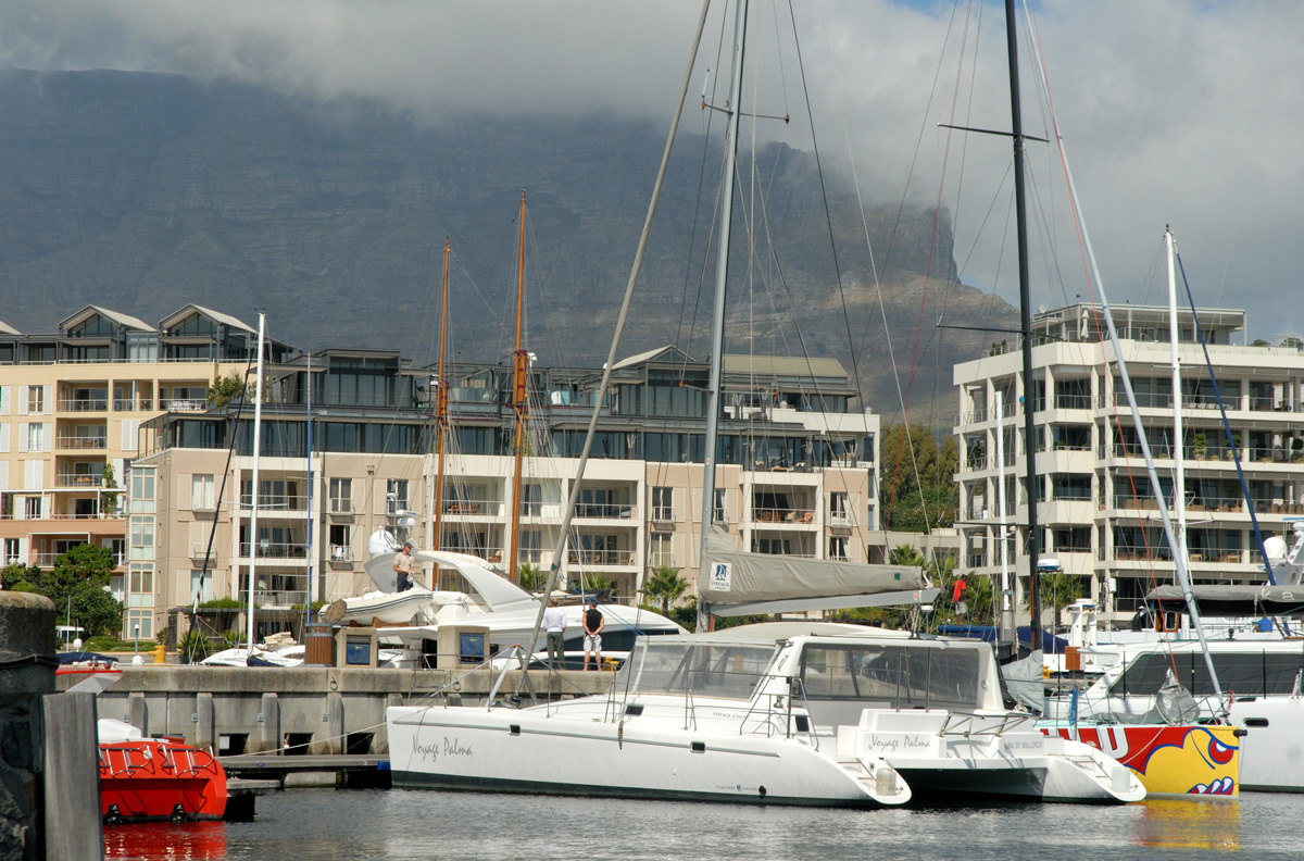 Silver_oak_tours_yacht-basin_table-mountain